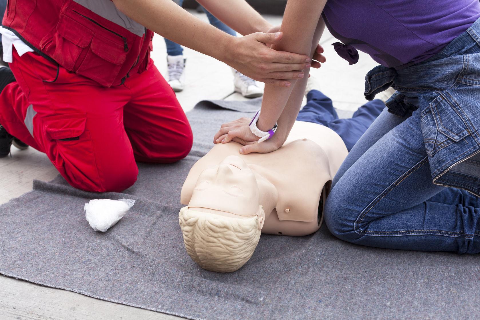 Szkolenia i kursy pierwsza pomoc przedmedyczna